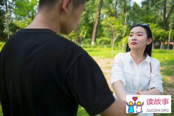 婚后发现自己爱的一直是初恋,我该不该跟老公提离婚